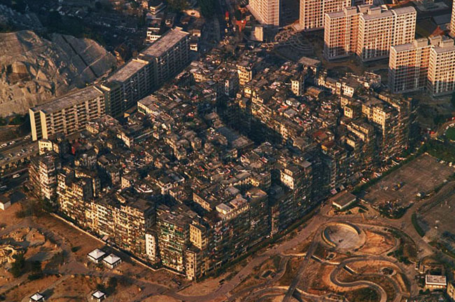 """Ciutat Anarquia"", la ciutat de la foscor"